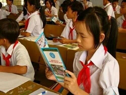 Mức đóng BHYT học sinh năm 2020 là bao nhiêu? Có được Nhà nước hỗ trợ